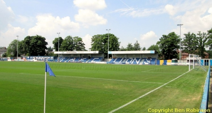 guiseley-afc-nethermoor-park-main-stand-1421521760